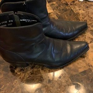 Charlie 1 horse sz 8.5 ankle boots worn few times